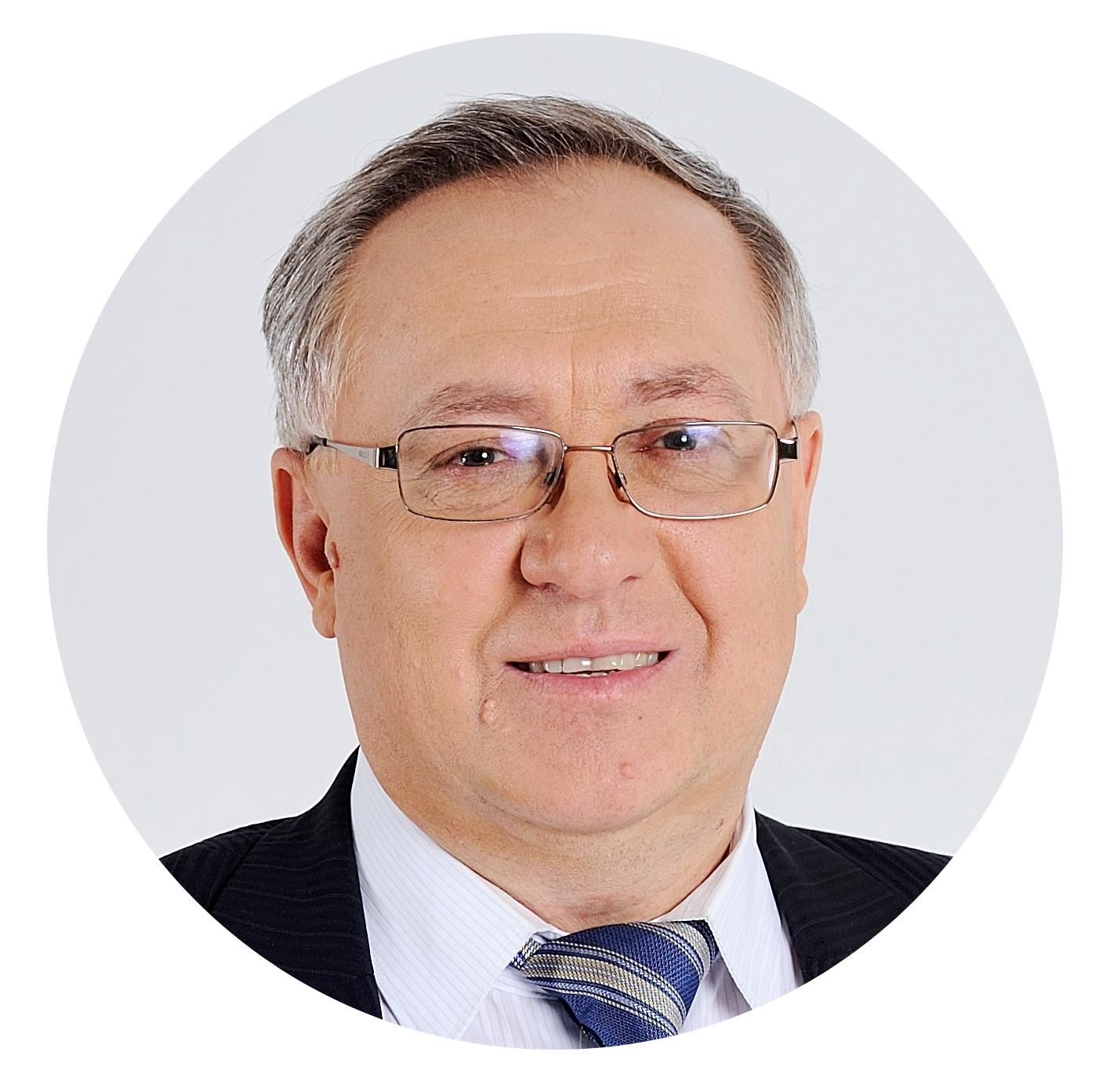 Павел Пахомов